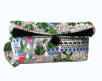 Succulent Wristlet Purse, Cactus Clutch, Cacti Bag, Green, Plant Lady, Plant Lover, Potted Plants, Trendy, Teen Gift, Houseplant