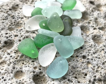 22 Sea Glass beads Top Drilled 1.5mm holes Jewellery Quality Supplies 2028