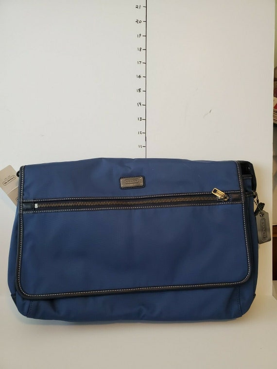 Vintage Coach F70355 Blue Nylon And Leather Messen