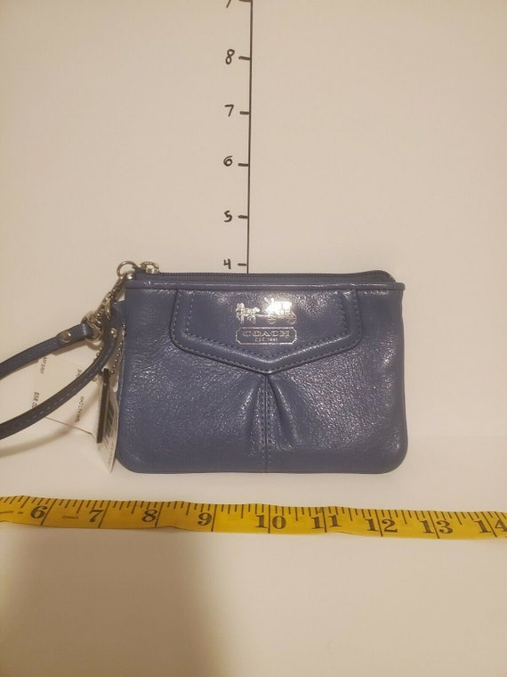 Vintage Coach Blue Leather Wristlet F43223 with ta