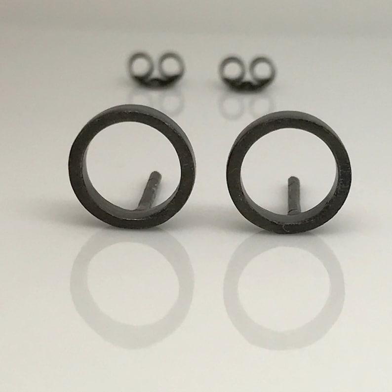 zwarte cirque stud earrings stud earrings mannen oorbellen | etsy