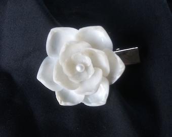 """White & white Pearl Shellblossom CLIP (1.5"""")"""
