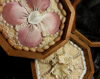 "CUSTOM Sailor's Valentine made with Genuine Seashells: Wooden Glass Framed hinged 9"" Box"