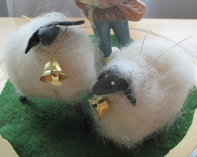 Wee Little Sheep ~ Perfect for Nativity Scenes & Creches