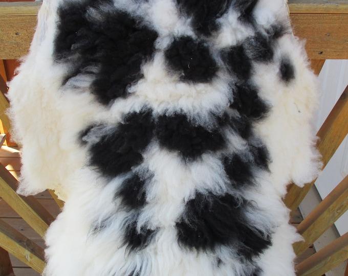 Black & White Lambskin / Rug