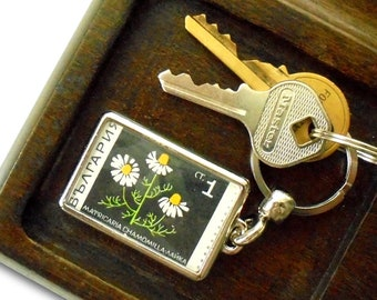 Chamomile Keyring - upcycled 1969 postage stamp from Bulgaria