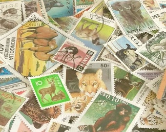 40 or 80 animal & wildlife world postage stamps (loose in packet)