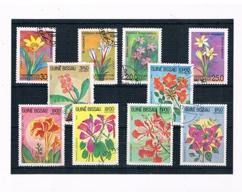 Tropical Flower Stamps - part set from Guinea-Bissau, 1983