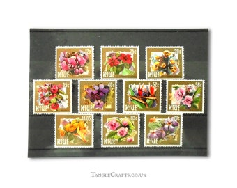 Flowers with decorative gold border - postage stamp set, Niue 1984