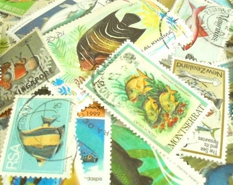 20 Fish & Sealife (etc) postage stamps - thematic stamp packet
