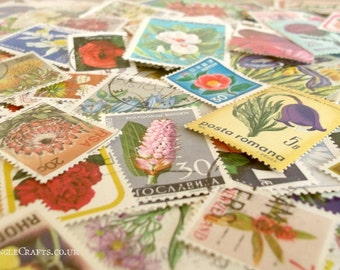 40 or 80 Flowers, world floral postage stamps (loose in packet)