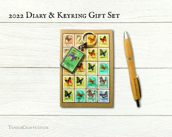 Butterfly Keyring & 2022 Diary Gift Set | Upcycled Postal Stamp Keychain + recycled A6 agenda | Colourful ecofriendly office New Year gift