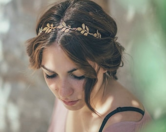 Bridal headband. Gold Leaf Bridal Headband. Wedding Headpiece. Olive Bridal headband. Women boho elastic Headband. Boho wedding