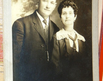 Vintage photograph ... dedicated couple ...