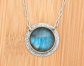 Textured Sterling Silver and Labradorite Pendant Necklace