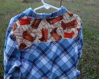 Custom embellished preowned blue plaid shirt with cowboy boot fabric sewn on back - Size S 6-7 Cherokee (#S86)
