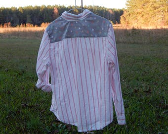Custom embellished light-weight shirt with coordinating gray fabric with triangles sewn on back - Size XL 16-18 (#S82)