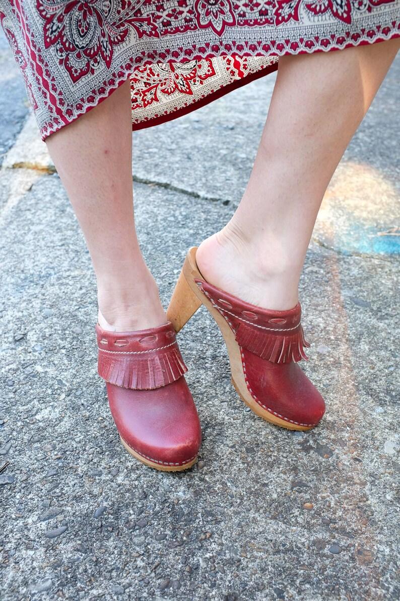 Anatomy Mules Euro 37 Wooden Heels Leather Fringe Size 7