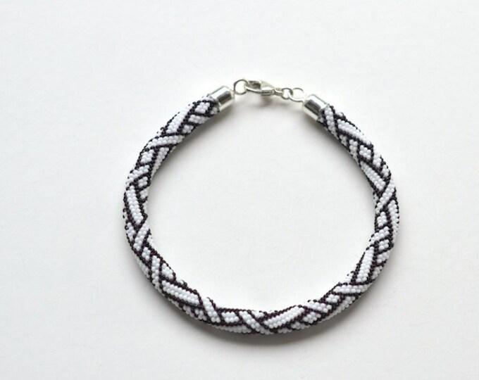 bracelet beaded braiding ornament black and white silver closure