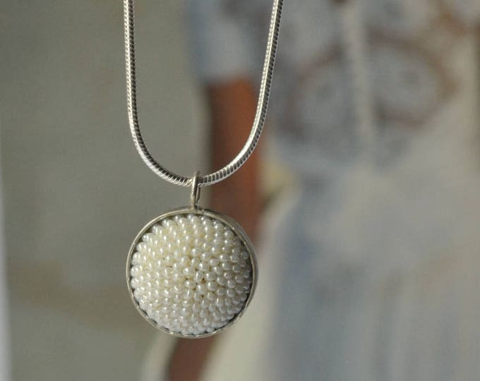 pendant necklace  pearly white bridal accessory