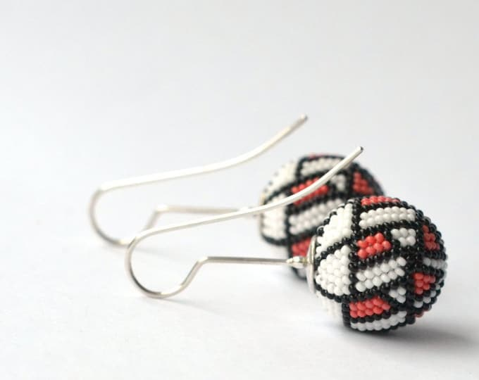 Earrings beaded Art Nouveau style glass beads coral and silver925 dangle earrings