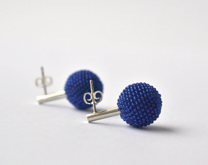 globe earrings blue with silver posts from Donauluft