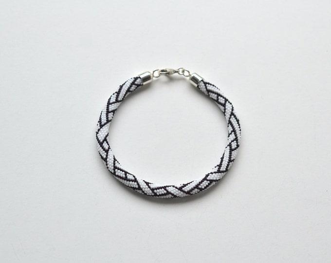 bracelet black and white beaded braiding ornament