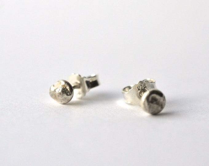 silver studs