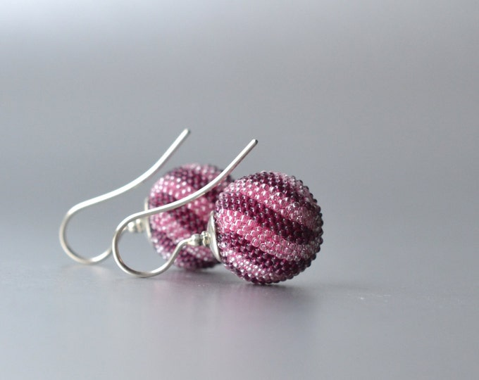 globe earrings pink dark red  twisted