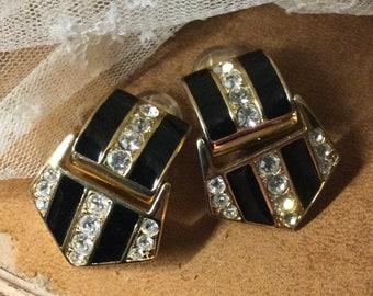 Sparkling Clear Rhinestone Black Enamel Gold Tone Metal Door Knocker Earrings Unsigned Clip On 1970's 1980's 0003