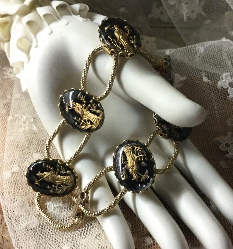 Six Link Lucite Cabochon Bracelet Unsigned 1960\u2019s 1970\u2019s