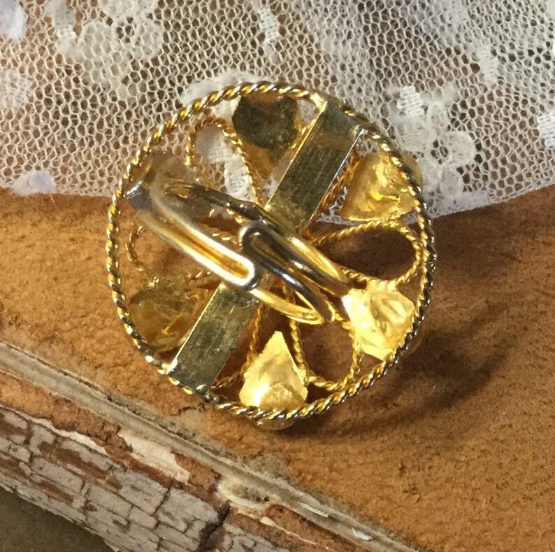 Vintage Red Black Cabochon Gold Tone Flower Patterned Ring Adjustable