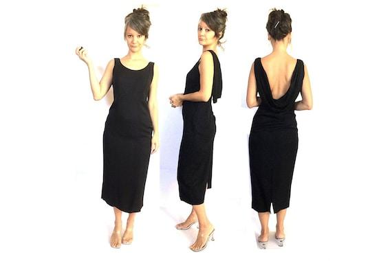 90s does 50s  elegant black dress / long / low bac