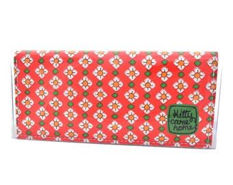Bi-fold Clutch - Daisy days - vintage fabric