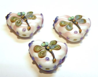 One (1) White and Pink Striped Lampwork Heart Bead with Dragonfly and Purple Flower Design - Lot UU