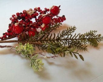 Snowy Boxwood and Pine with Berry Pick, Winter Floral Pick, Winter Wedding, Tree Decor, Wreathmaking & Floral Arranging Supplies, Home Decor