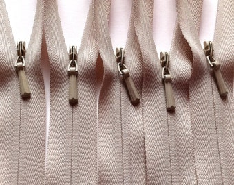 YKK Invisible Zippers Color 572 Beige- 10 Pieces - available in 9, 12, 14, 16, 18, 20, 22 inches