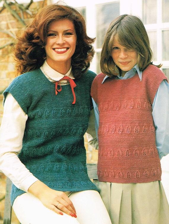 Retro Sweater Vintage Knitting Pattern Women/'s Knitting Pattern: Ladies 80/'s collared sleeveless top PDF Digital Download