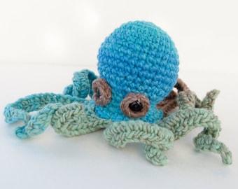 PDF Crochet Pattern - Amigurumi Baby Kraken