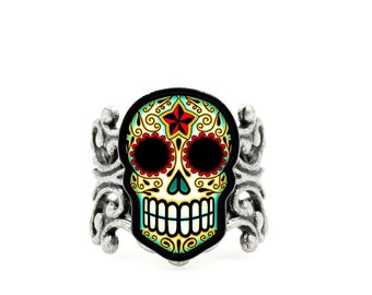 Day of the Dead Filigree Sugar Skull Ring in an Antiqued Silver Finish - Adjustable Band