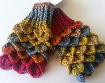 Autumn leaves Mittens - brown  Dragon scale gloves - Mermaid gloves - Crocodile gloves - Mermaid mitts - fingerless gloves - folk