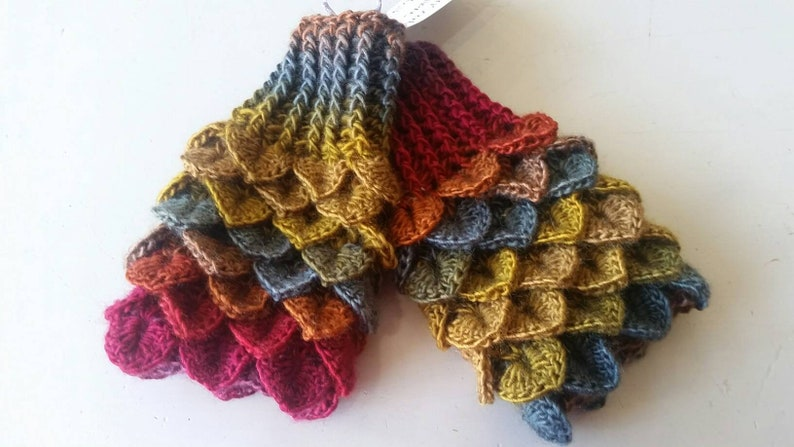 Autumn leaves Mittens  brown  Dragon scale gloves  Mermaid image 0