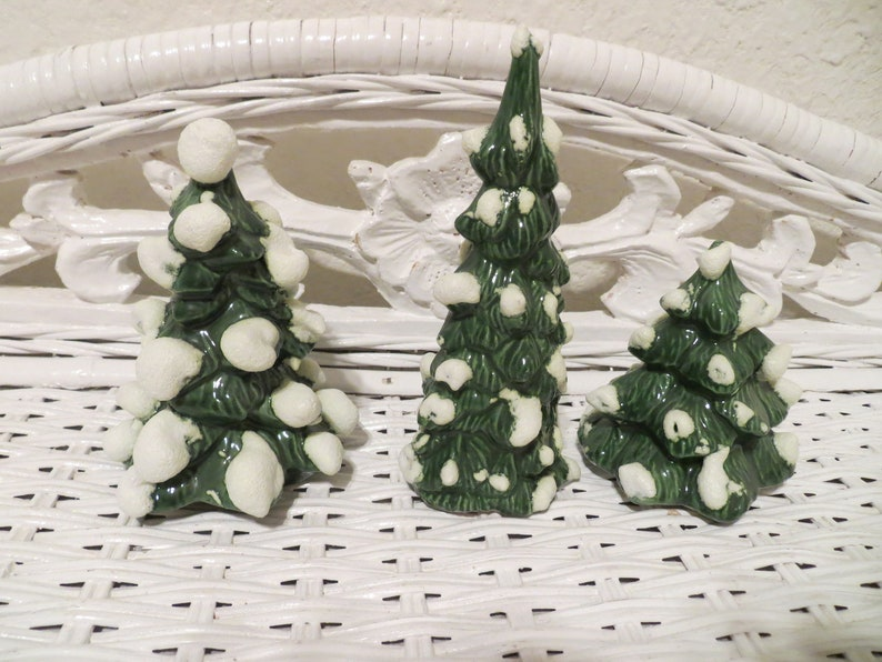 Vintage Ceramic Small Miniature Christmas Trees Snowy Snow Covered Table Decoration Display Set B