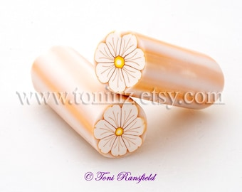 White Ruffled Flower with Gold Outline Polymer Clay Cane, Raw, Nail Art