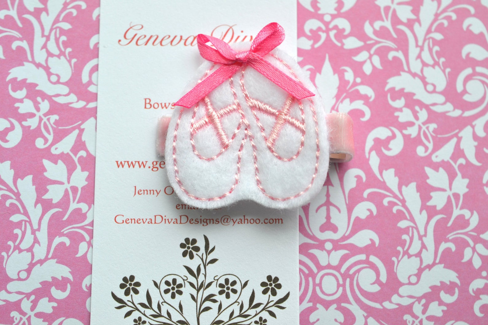 new....ballet shoes....embroidered felt hairclip