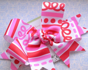 Squiggles and Lines XL Diva Bow