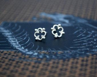 Quatrefoil Rosace Earrings