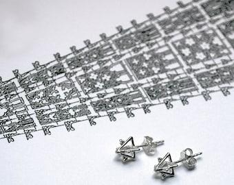 Triangle Rosace Earrings