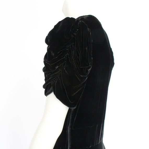 30's Black Velvet Gown / Flared Skirt / Draped Sl… - image 7