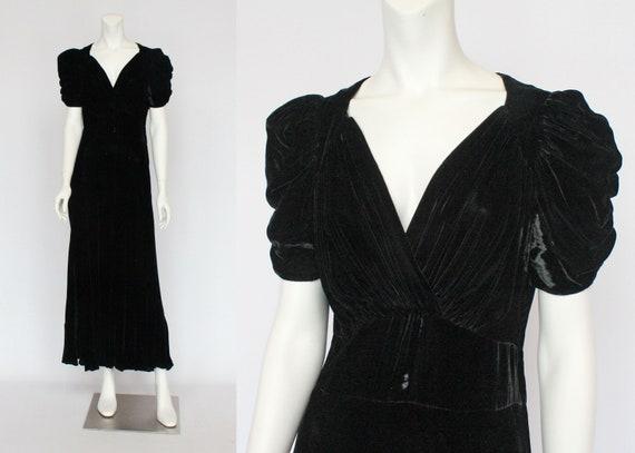 30's Black Velvet Gown / Flared Skirt / Draped Sl… - image 1
